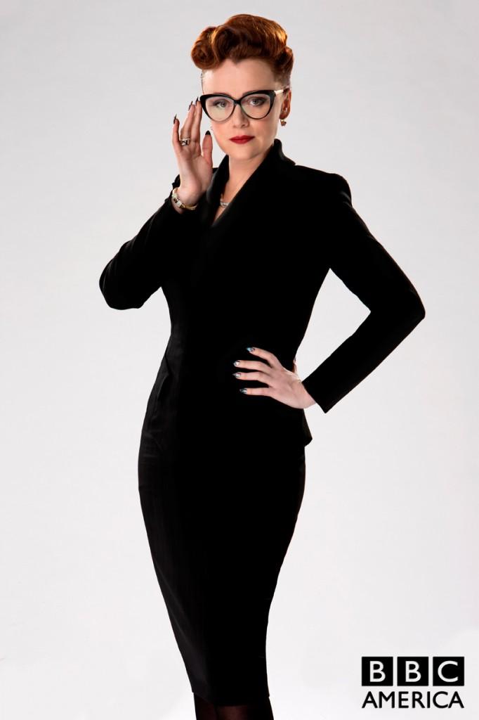 Keeley Hawes vive a Srta. Delphox em Doctor Who