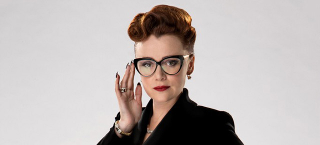 dest-keeley-hawes-Ms-Delphox-doctor-who-time-heist