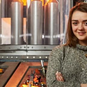 BOMBA! Maisie Williams de Game of Thrones vai participar de Doctor Who!