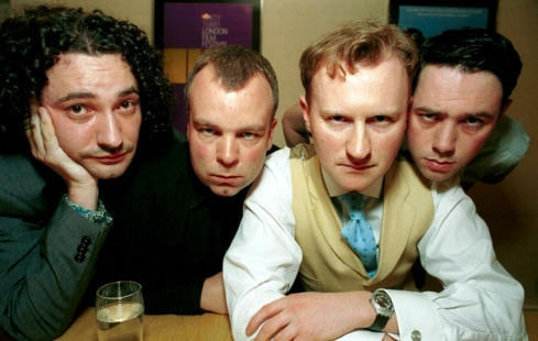 Mark Gatiss com os outros integrantes de League of Gentlemen