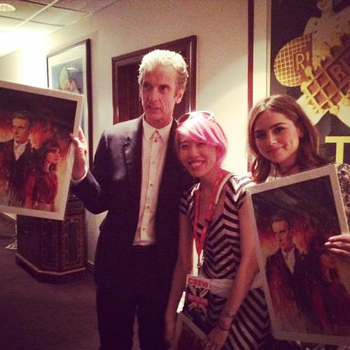 Alice finalmente conhece Peter Capaldi e Jenna Coleman
